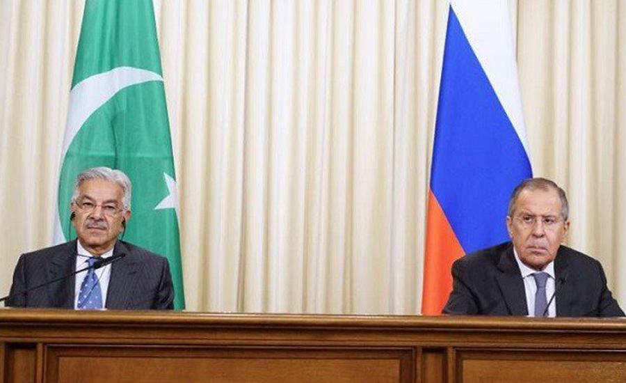 ماسکو ،خواجہ آصف کی روسی ہم منصب سے ملاقات، دہشتگردی سے متعلق تبادلہ خیال