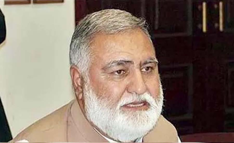 اکرم درانی کا حکومتی کمیٹی کے سربراہ پرویز خٹک سے رابطہ، مطالبات سے آگاہ کیا