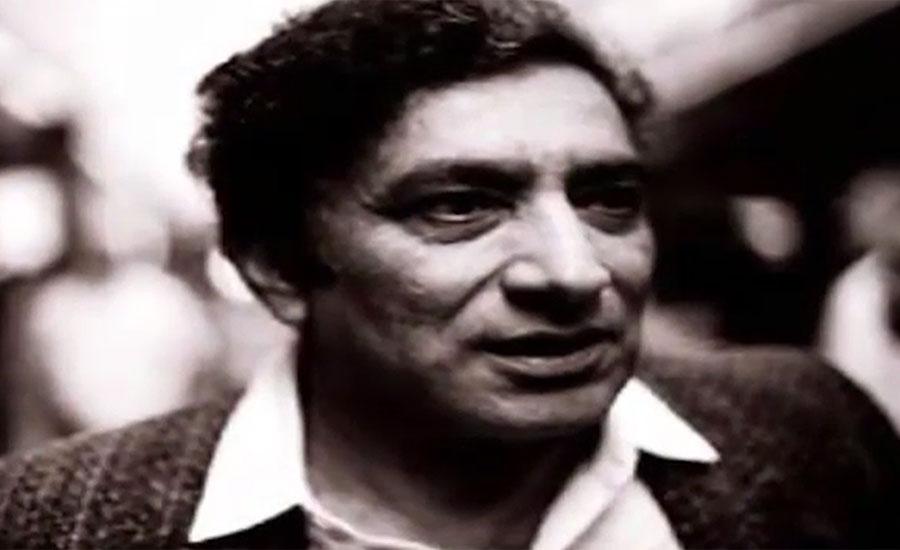 نامور شاعر احمد فراز کو مداحوں سے بچھڑے 11 برس بیت گئے