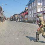 مقبوضہ کشمیر میں بھارتی کرفیو کا مسلسل 13 واں روز، کشمیری گھروں میں محصور