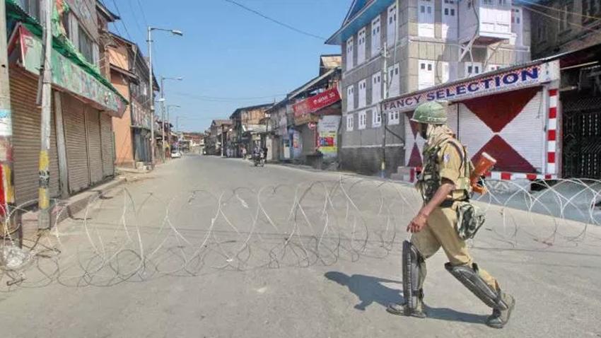مقبوضہ کشمیر ، شوپیاں میں قابض بھارتی فوج کی فائرنگ سے تین کشمیری شہید