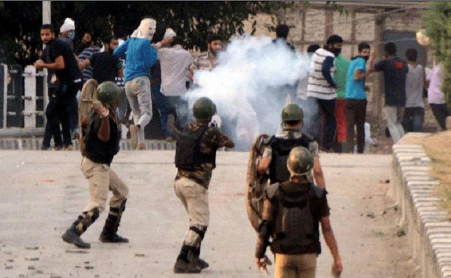 مقبوضہ کشمیر میں بھارتی بربریت  کیخلاف ہڑتال جاری