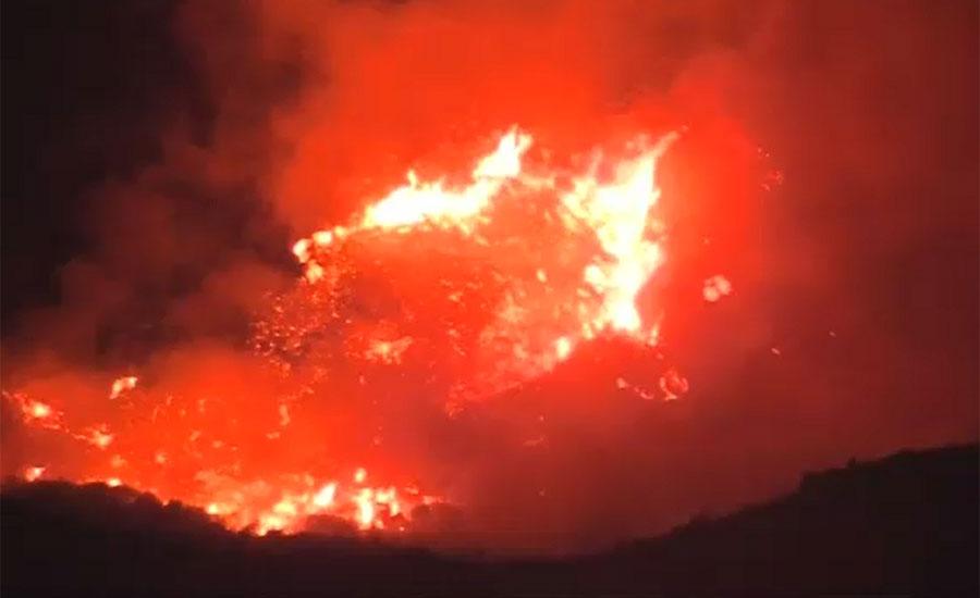 کیلیفورنیا کے جنگلات میں لگنے والی آگ 71 جانیں نگل گئی