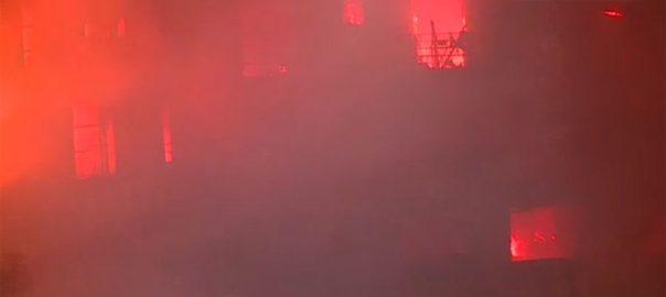 پیرس آگ ریسکیو ٹیموں
