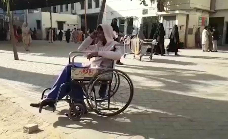 کراچی ،  ینگ ڈاکٹرز نے او پی ڈیز کے بعد آپریشن تھیٹرز کو بھی تالے لگا دیے