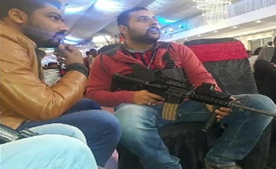 لاہور ، دوگروپوں میں فائرنگ کا تبادلہ ، گولی لگنے سے بچی جاں بحق