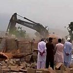 اسلام آباد ، سیکٹر ای 12 میں قبضہ مافیا کیخلاف کارروائی جاری 