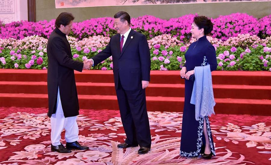 وزیراعظم کی بیجنگ میں اہم ملاقاتیں، چینی صدر کے عشایئے میں بھی شرکت
