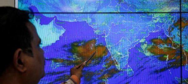 بحیرہ عرب میں بننے والے طوفان سے کراچی میں گرمی کی شدت میں اضافہ 