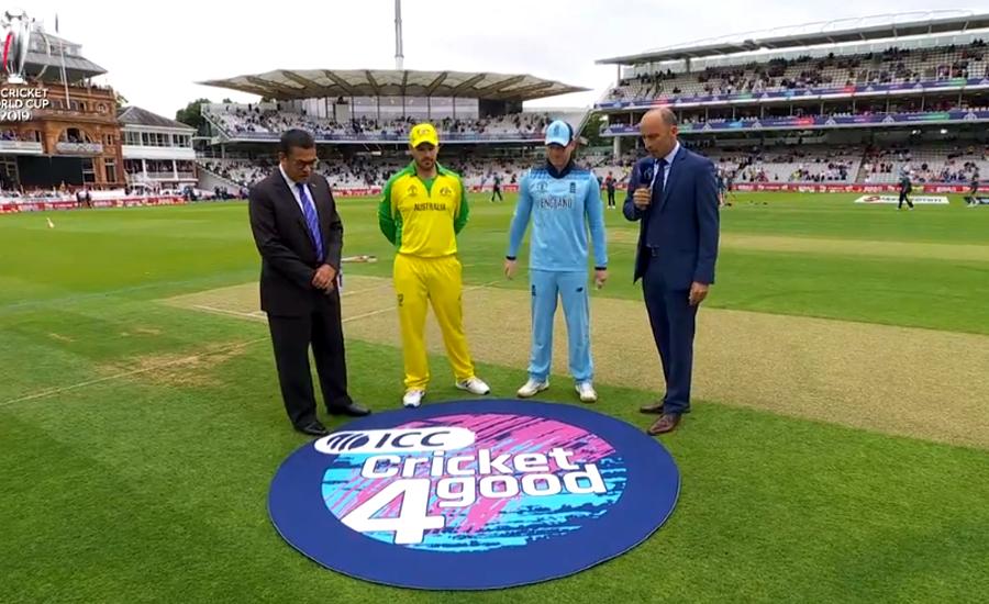 انگلینڈ کی دعوت پر آسٹریلیا کی بیٹنگ جاری