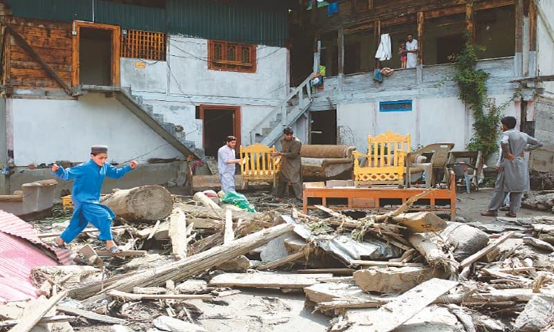 کلاؤڈ برسٹ نے لیسوا میں تباہی مچادی،31افراد جاں بحق،29 لا پتہ