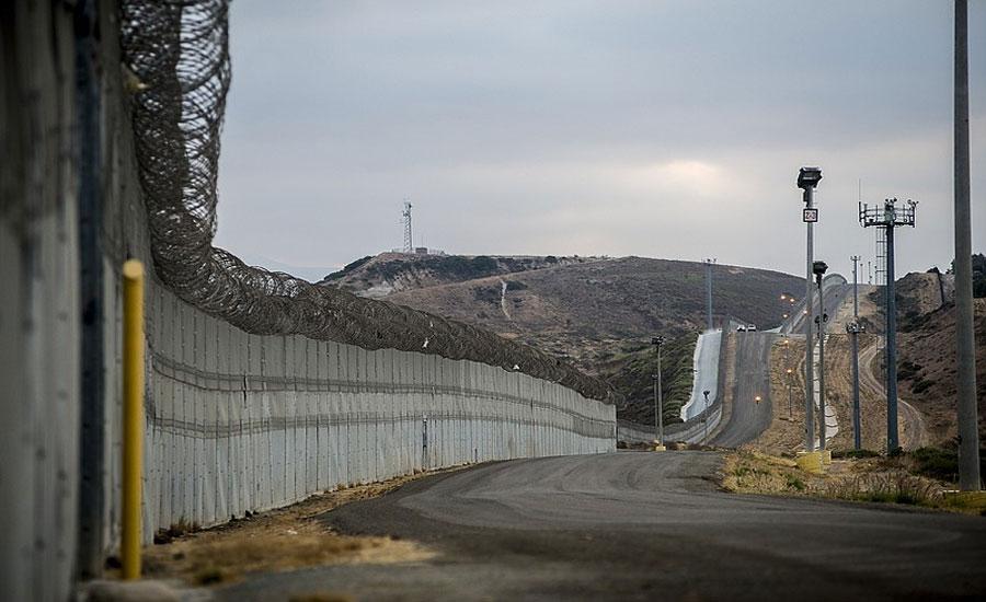 امریکی سپریم کورٹ نے ٹرمپ کو میکسیکو بارڈر پر دیوار کی فنڈنگ کی اجازت دے دی