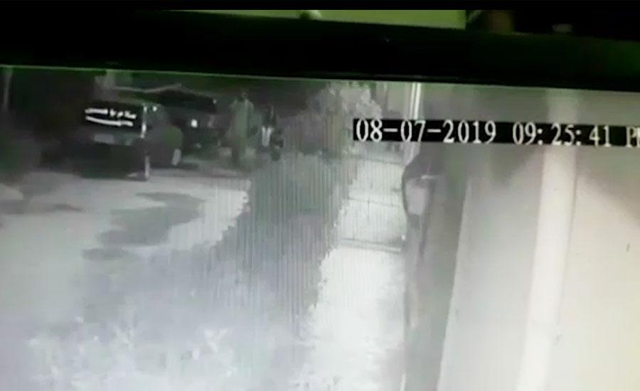 حیدرآباد میں اغوا کے بعد قتل کیے گئے کمسن بہن بھائی کی سی سی ٹی وی فوٹیج سامنے آگئی