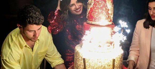 پریانکا چوپڑا  37 ویں سالگرہ  ساڑھے 3 لاکھ کاکیک میامی  نیٹ نیوز بھارتی اداکارہ  گلوکار نِک جونس