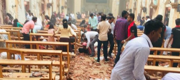 سری لنکا پولیس چیف سیکرٹری دفاع کولمبو نیٹ نیوز ایسٹر  چرچز  6 خود کش حملے