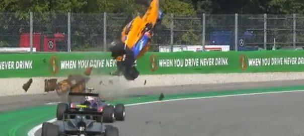فارمولا ون  کار ریس  خوفناک حادثہ  اٹلی  92 نیوز