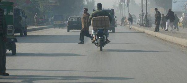 پشاور 92 نیوز باڑہ روڈ  ریسکیو ذرائع  بے قابو گاڑی  ریسکیوعملے 