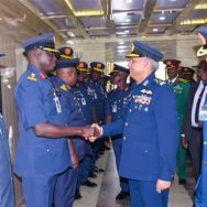 سربراہ پاک فضائیہ، نائیجیریا کا دورہ، ہم منصب سے ملاقات، کراچی، 92 نیوز