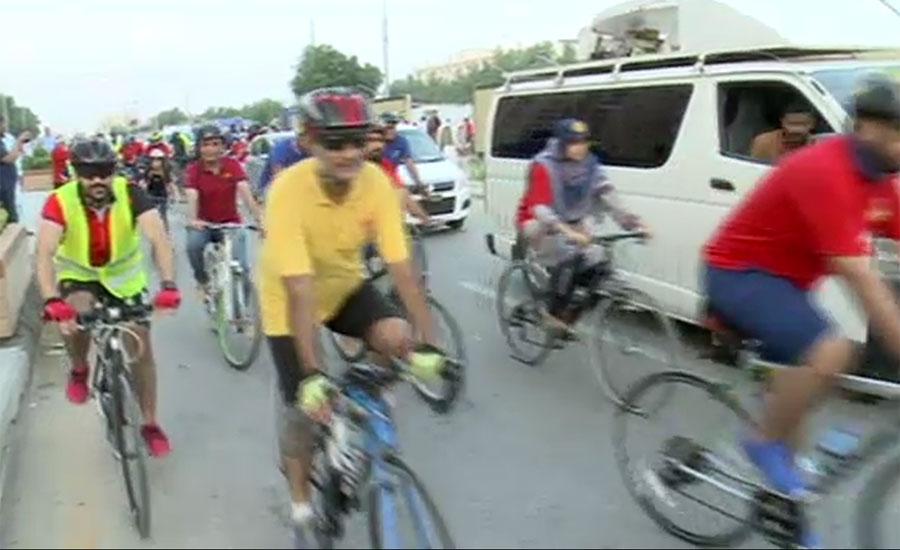 کراچی میں ورلڈ پولیو ڈے کی مناسبت سے پولیو فری پاکستان سائیکل ریلی کا انعقاد