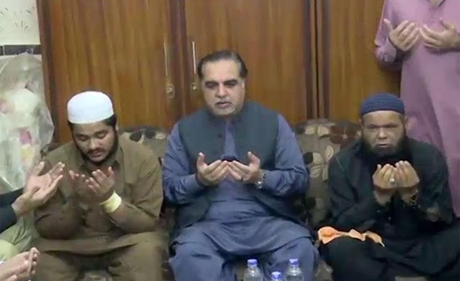 پی ٹی آئی کارکن آصف ہارون کا قتل ، گورنر سندھ کی مقتول کے اہلخانہ سے اظہار تعزیت