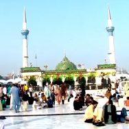 حضرت داتا گنج بخش ؒ لاہور  92 نیوز  عرس کی تقریبات  عقدوت کااپنا اپنا انداز  چندہ  لنگر  ڈھول کی تھاپ 
