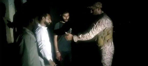 کراچی، رینجرز کا سرچ آپریشن، 18 مشتبہ افراد گرفتار، 92 نیوز