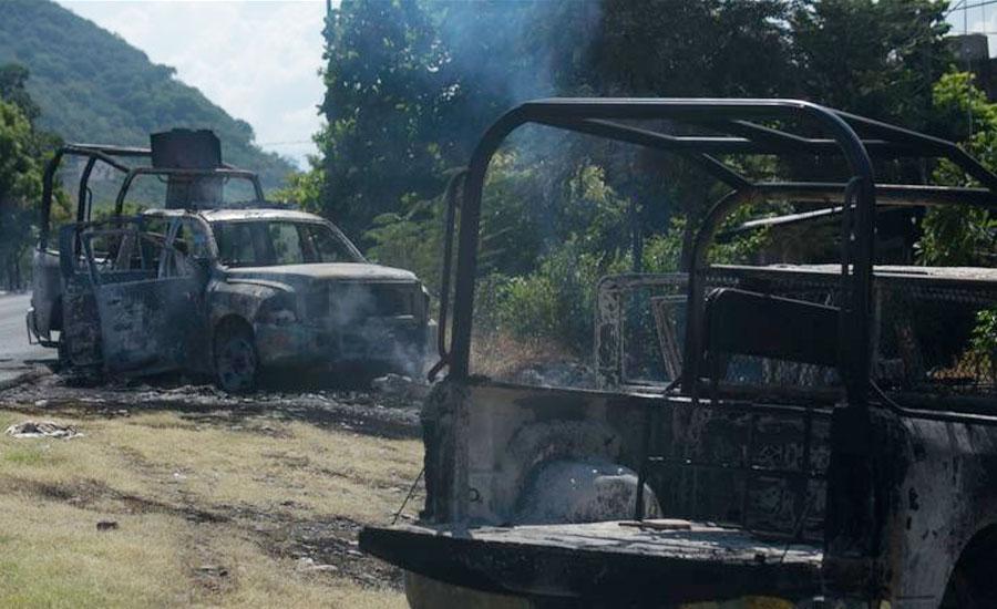میکسیکو، مسلح افراد کا پولیس پر حملہ، 14 اہلکار ہلاک