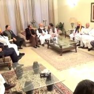 فضل الرحمان، چوہدری برادران، ملاقات، آزادی مارچ، تبادلہ خیال، لاہور، 92 نیوز