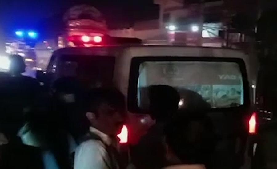 ٹرک بجلی کی تاروں سے ٹکراگیا ، دو مزدور جاں بحق