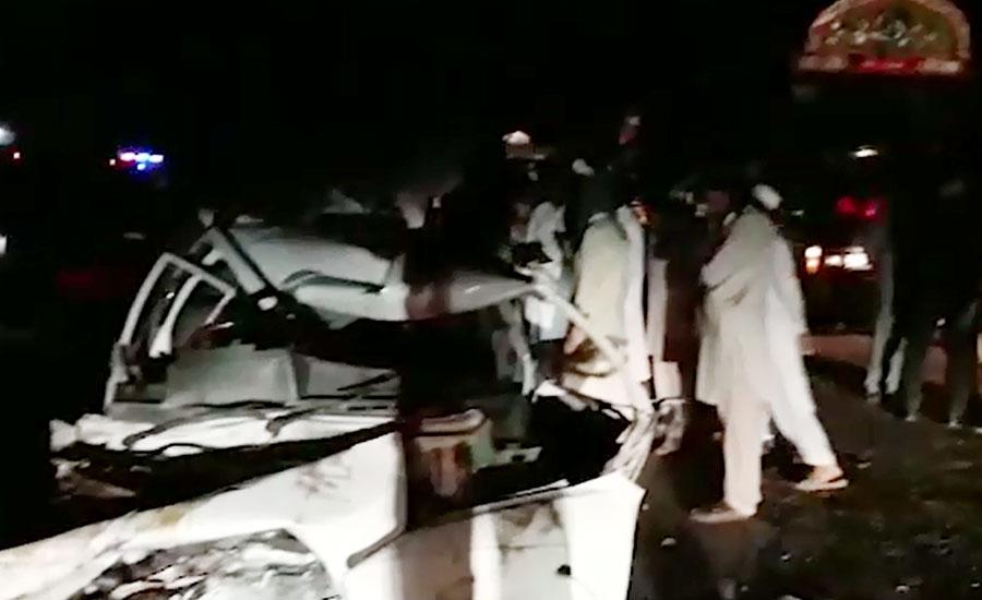 پاکپتن، ٹرک اور کار میں تصادم، باپ جاں بحق، ماں بیٹی سمیت 8 زخمی