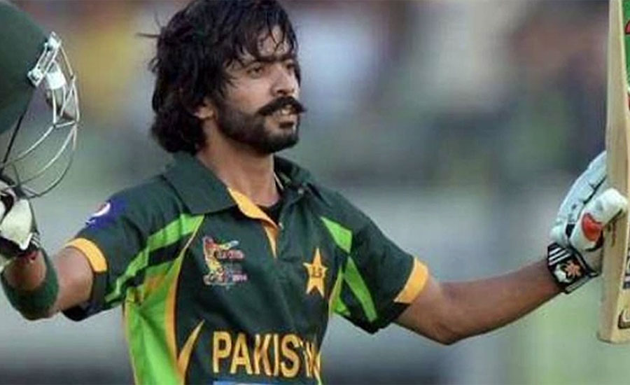 پاکستانی کرکٹر فواد عالم نے فرسٹ کلاس کرکٹ میں 12 ہزار رنز کا سنگ میل طے کر لیا