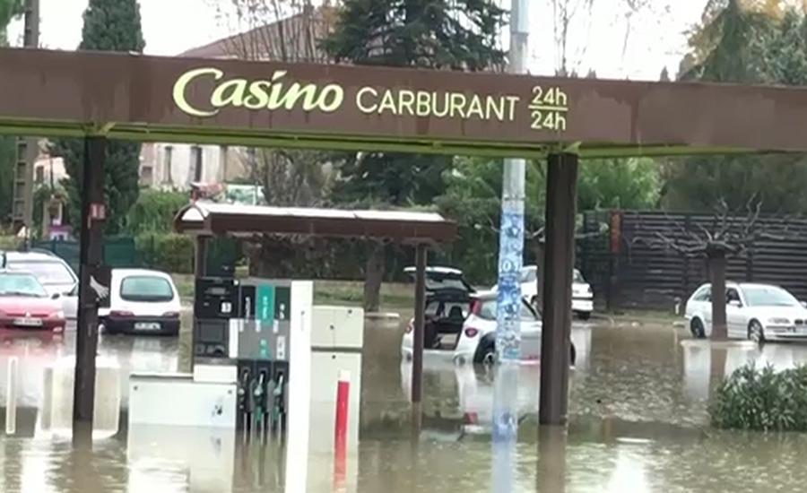 فرانس کے جنوب مشرقی علاقوں میں  سیلاب نے تباہی مچادی