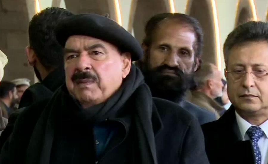 وکلا اور ڈاکٹروں کے جھگڑے سے لوگوں کے گھروں میں صف ماتم بچھی ہوئی ہے ، شیخ رشید