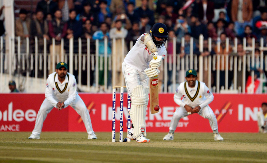 راولپنڈی ٹیسٹ ، سری لنکا نے پہلے دن کھیل ختم ہونے پر 202 رنز بنائے
