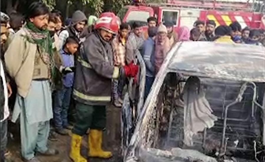 لاہور کینال روڈ پر گاڑی میں آگ لگ گئی، ایک شخص جھلس کر جاں بحق