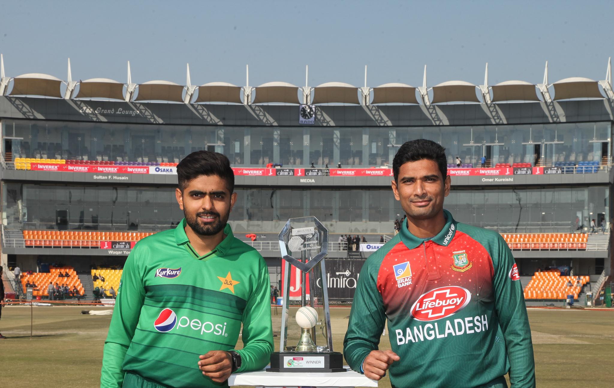 پاک بنگلہ دیش سیریز ، ٹی ٹوئنٹی سیریز کا پہلا میچ آج قذافی اسٹیڈیم میں کھیلا جائے گا