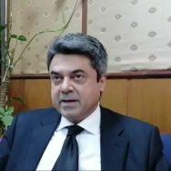 وفاقی وزیر قانون ، فروغ نسیم ، سابق اٹارنی جنرل ، انور منصور ، معافی