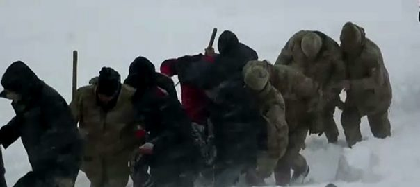 ترکی  مشرقی حصے  برفانی تودہ 38افراد ہلاک استنبول  92 نیوز