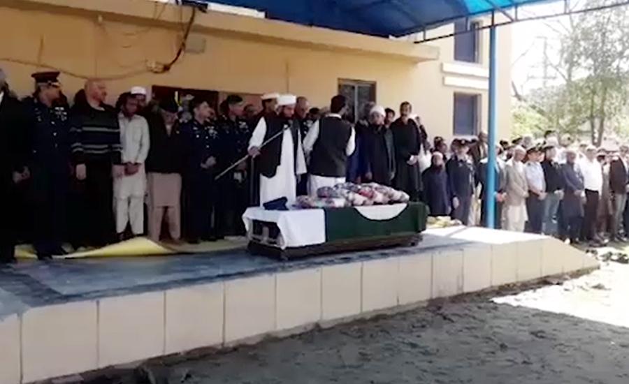 ونگ کمانڈر نعمان اکرم کی عسکری 10 میں نماز جنازہ ادا