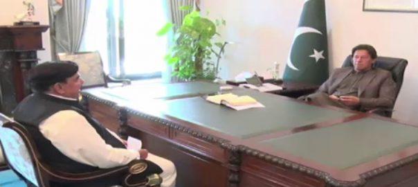 وزیراعظم ، شیخ رشید ، ملاقات ، کورونا ، نمٹنے ، اقدامات ، تبادلہ خیال