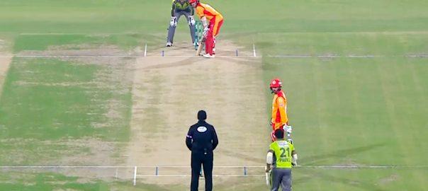 islamabad united batting لاہور قلندرز کی دعوت پر اسلام آباد یونائیٹڈ کی بیٹنگ جاری 