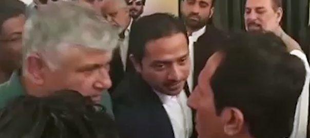 karachi fight کراچی  افتتاح  پی ٹی آئی  92 نیوز رکن قومی اسمبلی  عطااللہ  ثمر علی خان  دو ٹکے کا آدمی 