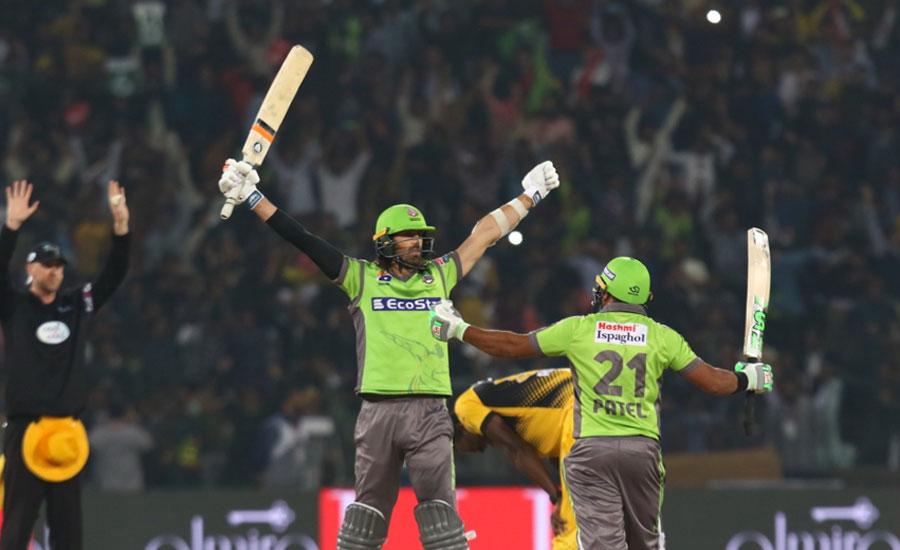 لاہور قلندرز نے پشاور زلمی کو 5 وکٹوں سے ہرا دیا