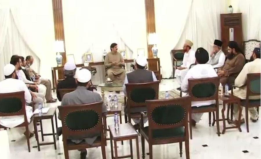 مفتی منیب سمیت علما کا سندھ میں نماز جمعہ کیلئے لاک ڈاؤن پابندیوں کی حمایت کا اعلان