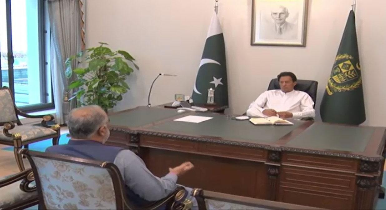 وزیر اعظم سے اسپیکر قومی اسمبلی کی ملاقات ، کورونا کی صورتحال پر تبادلہ خیال