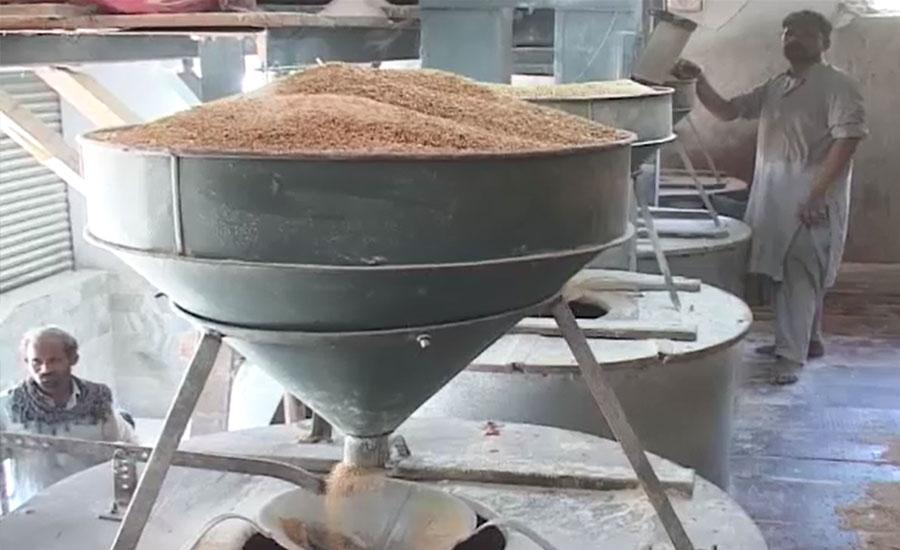 حیدرآباد میں ایک بار پھر گندم بحران سر اٹھانے لگا