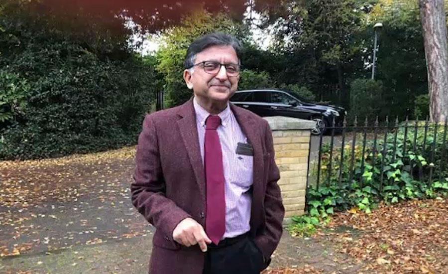 برطانیہ میں پاکستانی نژاد ڈاکٹر طارق شفیع کورونا سے لڑتے ہوئے زندگی کی بازی ہار گئے