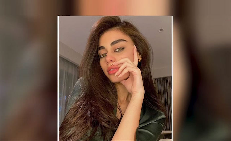 صدف کنول انسٹاگرام پر 10 لاکھ فالوورز حاصل کرنیوالی پہلی پاکستانی ماڈل بن گئیں