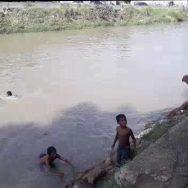 پنجاب ، سندھ ، شدید گرمی ، منچلوں ، گرمی ، بھگانے ، نہروں ، ڈیرے ، ڈال