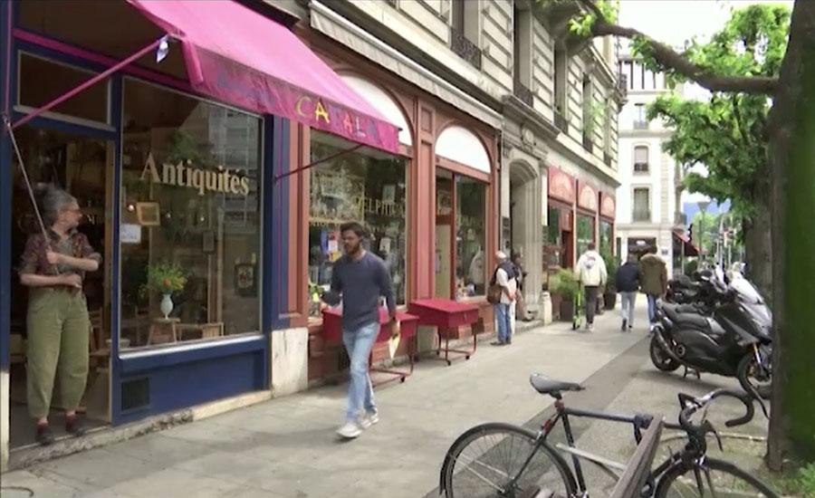 سوئٹزر لینڈ میں لاک ڈاؤن کے بعد دکانیں اور ریستوران دوبارہ کھل گئے